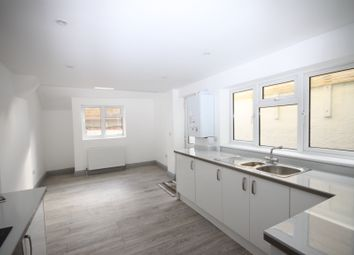 Thumbnail 2 bed flat to rent in Radnor Park Crescent, Folkestone