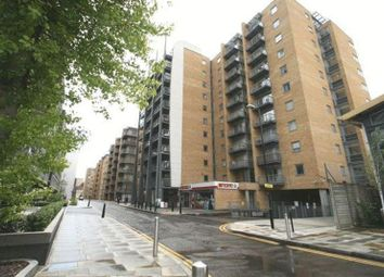 Thumbnail 1 bedroom flat for sale in Gainsborough House, Canary Wharf