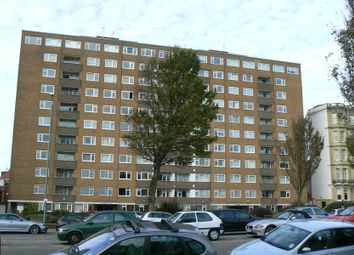 Thumbnail 1 bed flat to rent in Coombe Lea, Grand Avenue, Hove