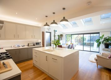 Thumbnail 4 bed terraced house for sale in Lavendar Sweep, London