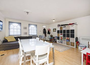 2 bed maisonette for sale in Kingsland Road, Dalston E8