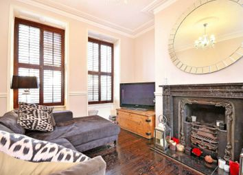 Thumbnail 4 bedroom property to rent in Cable Street, City