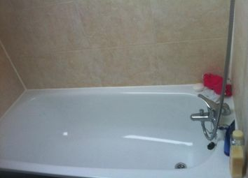 Thumbnail 5 bedroom property to rent in Kirkstall Lane, Headingley, Leeds