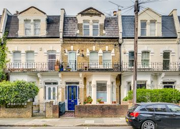 2 bed flat for sale in Chesilton Road, London SW6