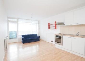 Thumbnail 3 bed flat to rent in Bradstock Road, Hackney