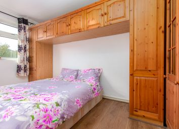 Thumbnail 3 bed shared accommodation to rent in Ad 10 Calcraft House, Brick Lane