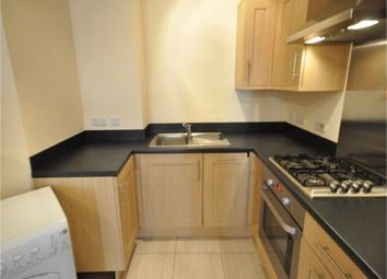 1 bed maisonette to rent in Walton Road, West Molesey, Surrey KT8