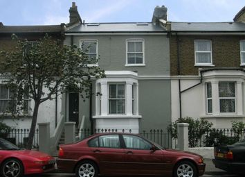 Thumbnail 1 bed flat to rent in Chaucer Road, London