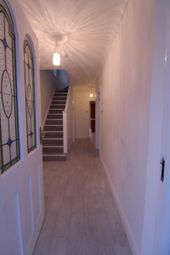 Thumbnail 4 bedroom property to rent in Oatlands Road, Enfield