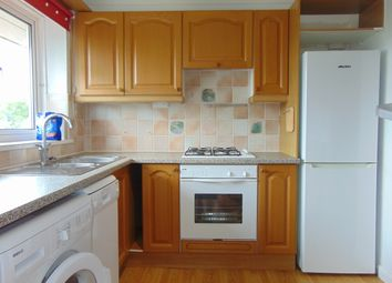 Thumbnail 2 bed flat to rent in Oakway, Crawley