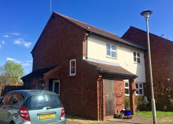 Thumbnail 1 bedroom maisonette for sale in Lincoln Close, Welwyn Garden City