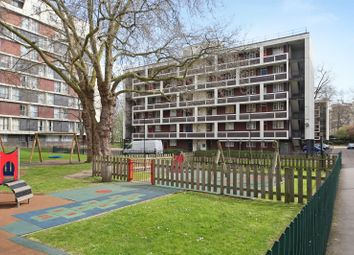 Thumbnail 2 bed flat to rent in Winchester House, London