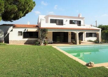 Thumbnail 4 bed villa for sale in Portugal, Algarve, São Brás De Alportel