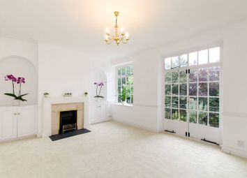 Thumbnail 2 bed flat for sale in Shrewsbury House, Cheyne Walk, Chelsea
