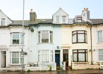 3 bed maisonette to rent in Viaduct Road, Brighton, East Sussex BN1
