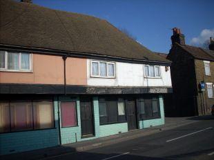 Thumbnail Studio to rent in Upper Stone Street, Maidstone