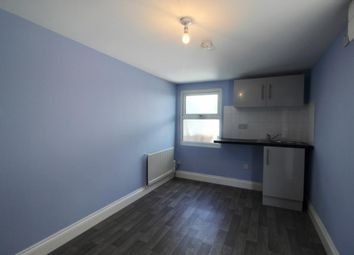 Thumbnail Studio to rent in Shifford Path, London