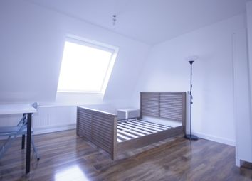 Thumbnail 4 bed flat to rent in Brabazon Street, Poplar