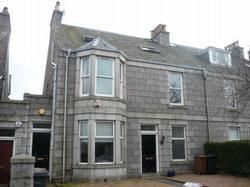 Thumbnail 3 bed flat to rent in Beaconsfield Place, Aberdeen