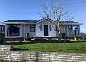 Thumbnail 2 bed mobile/park home for sale in Harbourside, New Quay, Ceredigion