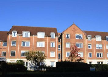 Thumbnail 2 bedroom flat for sale in Homegower House, Swansea