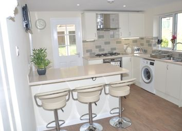 Thumbnail Room to rent in Handcross Court, Corby