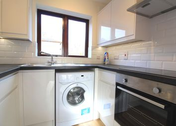 Thumbnail 1 bed flat to rent in Ludlow Road, Maidenhead