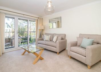 Thumbnail 3 bed flat to rent in Hernes Road, Oxford