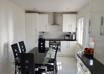 2 bed terraced house to rent in Hicks Avenue, Greenford UB6