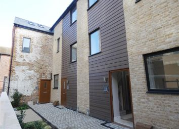 3 bed terraced house to rent in Stour Street, Canterbury CT1