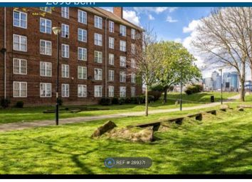 Thumbnail Room to rent in Thames Street, London