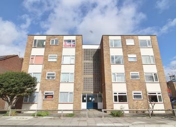 Thumbnail 2 bed flat for sale in Devonshire Avenue, Southsea