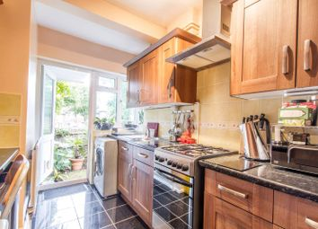 Thumbnail 2 bed flat to rent in Manor Court, York Way, Oakleigh Park