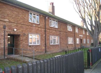 Thumbnail 2 bedroom flat to rent in Hale Street South, Portsmouth