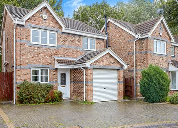 3 bed detached house for sale in Guys Crescent, Hull, East Yorkshire HU8