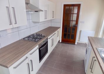 Thumbnail 5 bed terraced house to rent in Lytton Road, Leicester