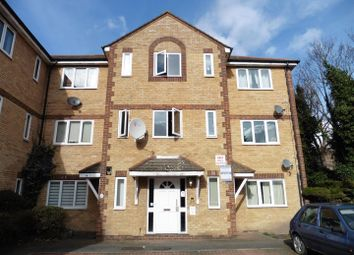 Thumbnail 2 bedroom flat to rent in Vicarage Square, Grays