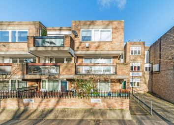 4 bed flat to rent in Barnwood Close, London W9