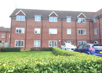 Thumbnail 2 bedroom flat to rent in Uxbridge Road, Wendover