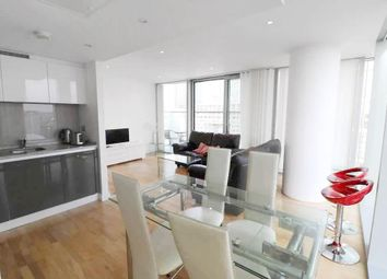 2 bed flat to let in The Landmark West Tower