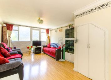 Thumbnail 2 bedroom flat for sale in New Road, Wood Green, London
