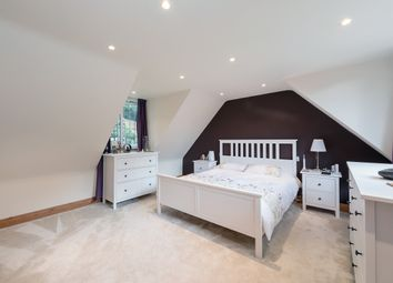 Thumbnail 4 bed detached house to rent in Roundwood Cottage, Roundwood Rucklers Lane, Kings Langley