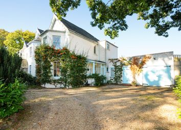 Thumbnail 4 bed property to rent in Sunninghill Road, Sunninghill, Ascot
