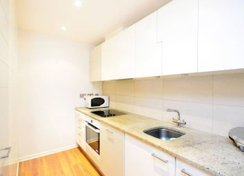 Thumbnail 2 bed flat for sale in Hutchings Street, Canary Wharf