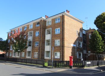 Thumbnail 1 bed flat to rent in St. James's Road, Southsea