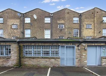 Thumbnail Commercial property to let in Unit 2, 372 Old Kent Road, London