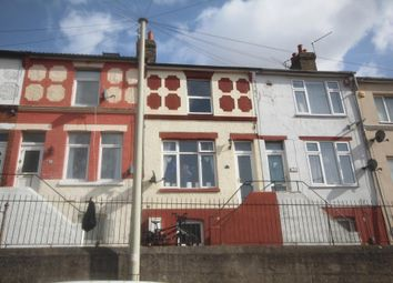 4 bed terraced house for sale in Upper Luton Road, Chatham ME5