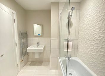 Thumbnail 2 bed flat to rent in Desborough Avenue, High Wycombe