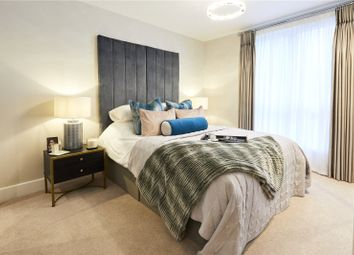 Thumbnail 2 bed flat for sale in Vicinia, Postal 2, Deanfield Avenue, Henley-On-Thames, Oxfordshire