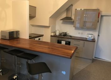 Thumbnail 4 bed flat to rent in Albert Grove, Southsea